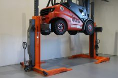 Sloupové zvedáky pro vysokozdvižné vozíky